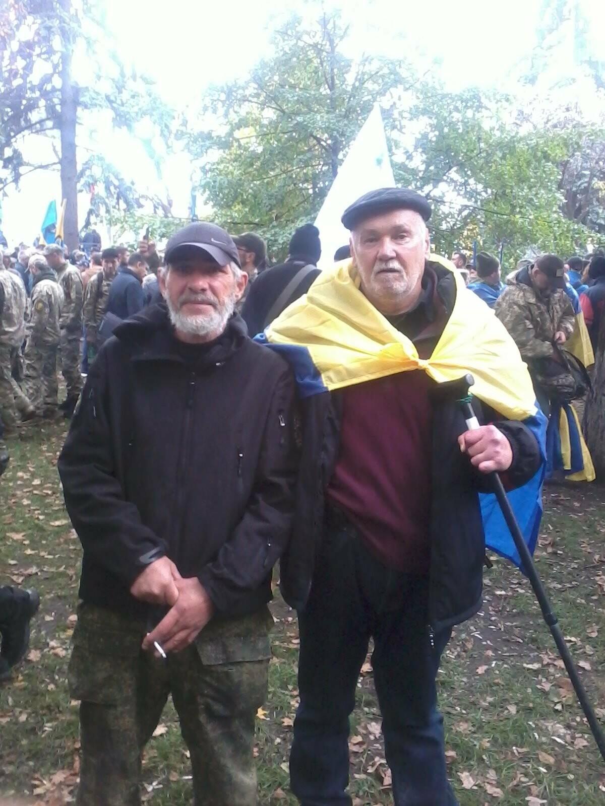 """Дядя Ваня"". Мариуполец рассказал как сражался на Майдане, - ФОТО, фото-2"