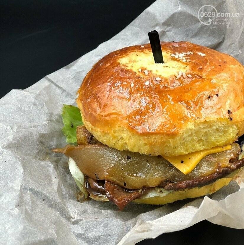 Food Drive - первое заведение в городе, где можно забрать свой заказ, не выходя из автомобиля!, фото-10