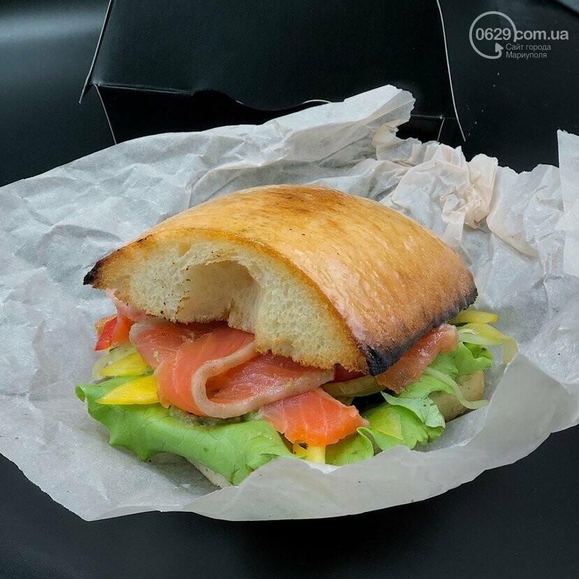 Food Drive - первое заведение в городе, где можно забрать свой заказ, не выходя из автомобиля!, фото-11