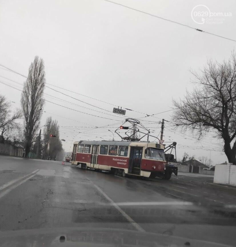 На Левобережье Мариуполя трамвай сошел с рельсов, - ФОТО, фото-3