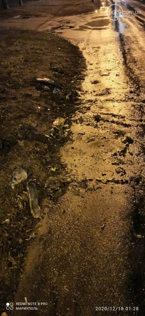 В центре Мариуполя горело и взрывалось авто, - ВИДЕО, ФОТО, фото-2