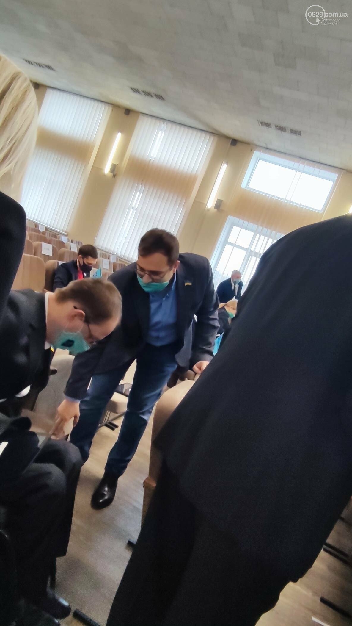 Скандал на сессии Мариупольского горсовета. ОПЗЖ выдавливает Блок Вадима Бойченко с насиженных мест, фото-6