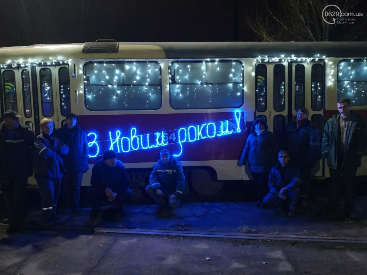 Трамвай желаний. В Мариуполе курсируют уникальные вагоны, - ФОТО, ВИДЕО, фото-7