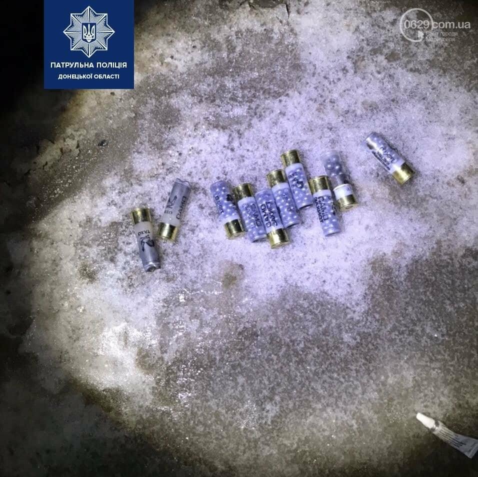В центре Мариуполя стреляли под окнами жилых домов, - ФОТО, ВИДЕО, фото-2