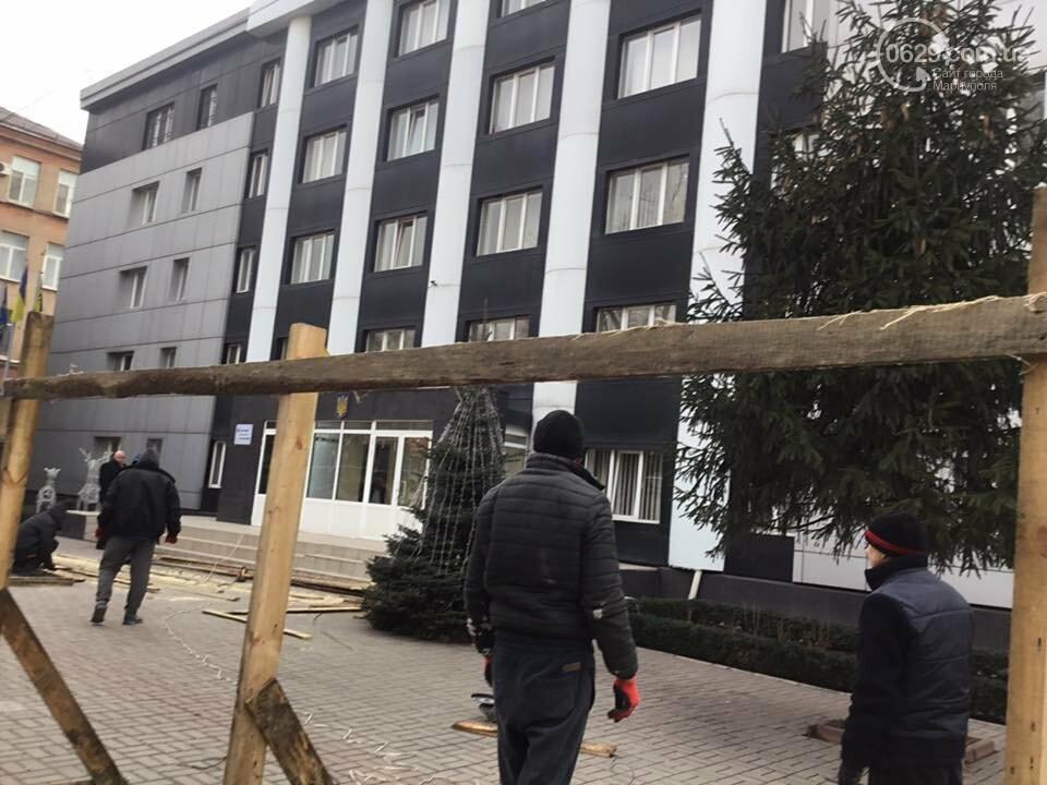 Забор раздора. В Мариуполе огораживают  областную прокуратуру, - ФОТО, ВИДЕО, фото-2