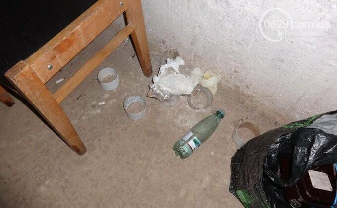 В соцсети появились фото концлагеря в Донецке. Прокуратура объявила подозрение одному из палачей, - ФОТО, фото-10