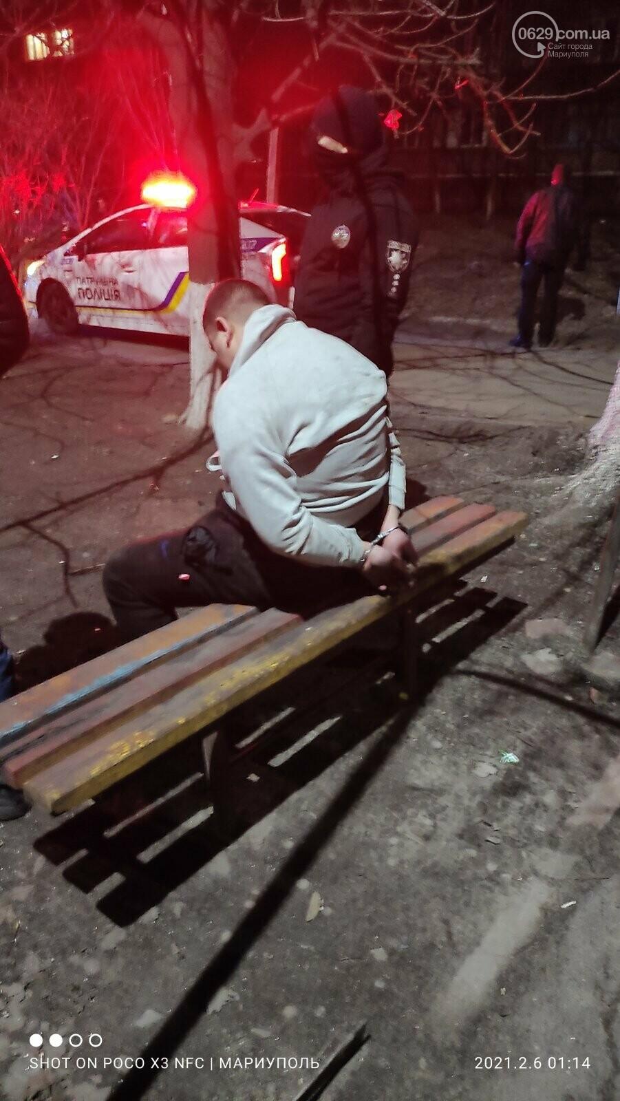 В Мариуполе местный житель напал на полицейского,-ФОТО, фото-3