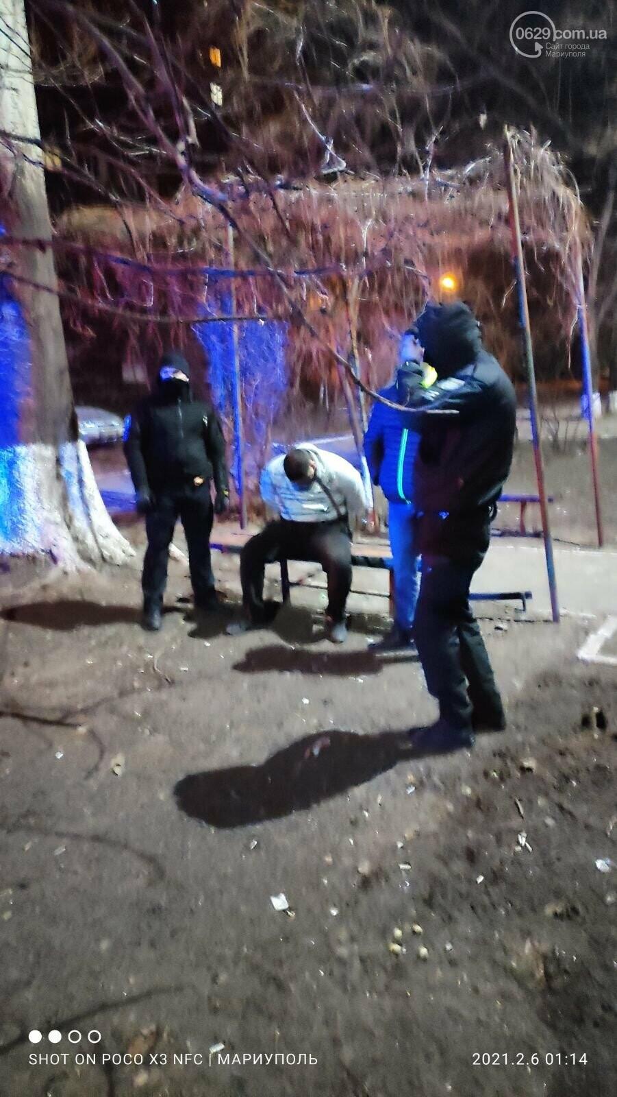 В Мариуполе местный житель напал на полицейского,-ФОТО, фото-4