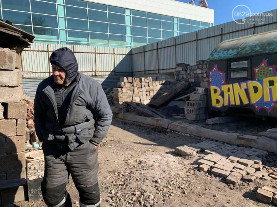 """Мариупольцы подарили новый дом вынужденному соседу """"Амстора"""", - ФОТО, ВИДЕО, фото-1"""