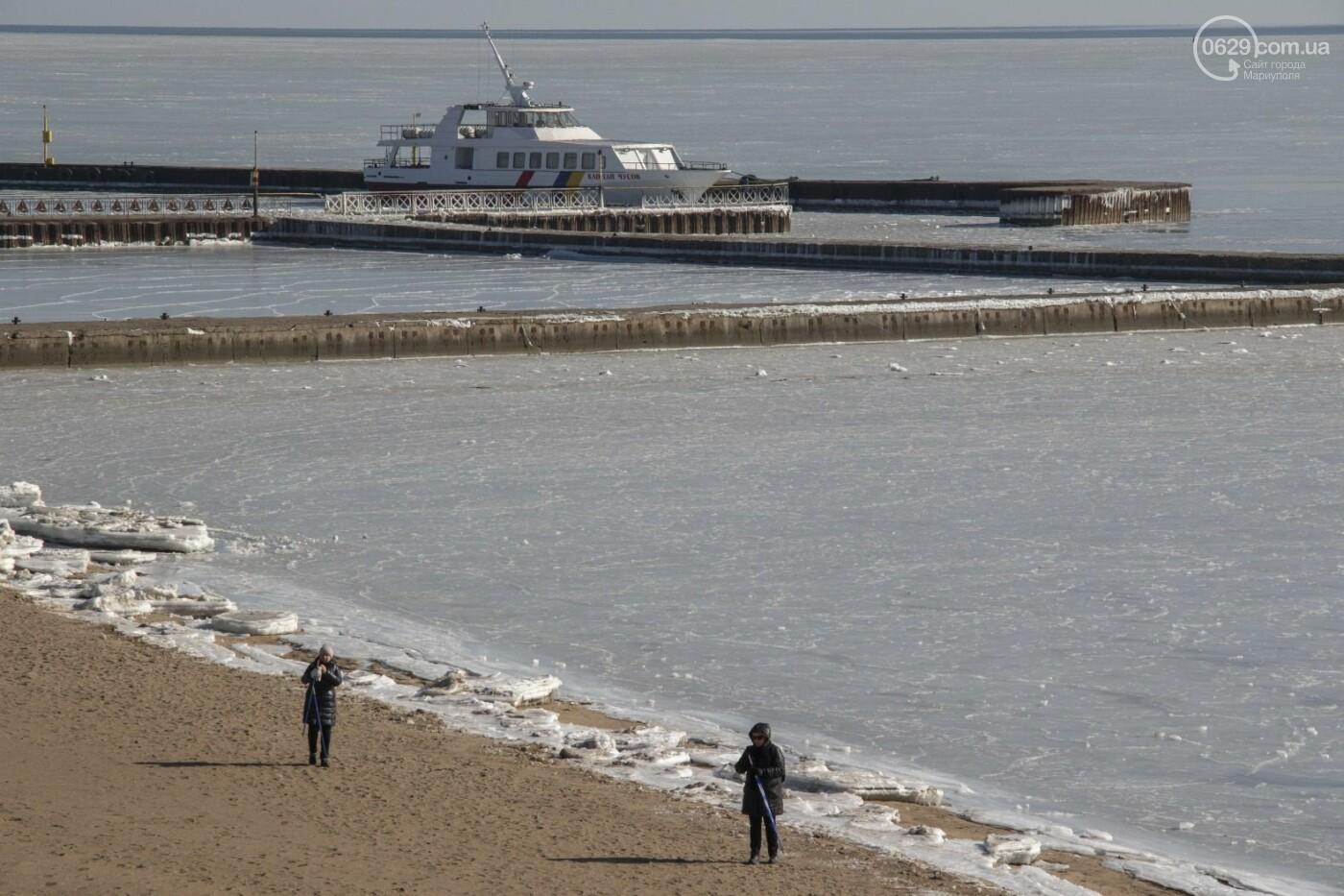 Встать в центр моря и не утонуть. 20 фотографий зимнего Азова в Мариуполе, - ФОТОРЕПОРТАЖ, фото-12