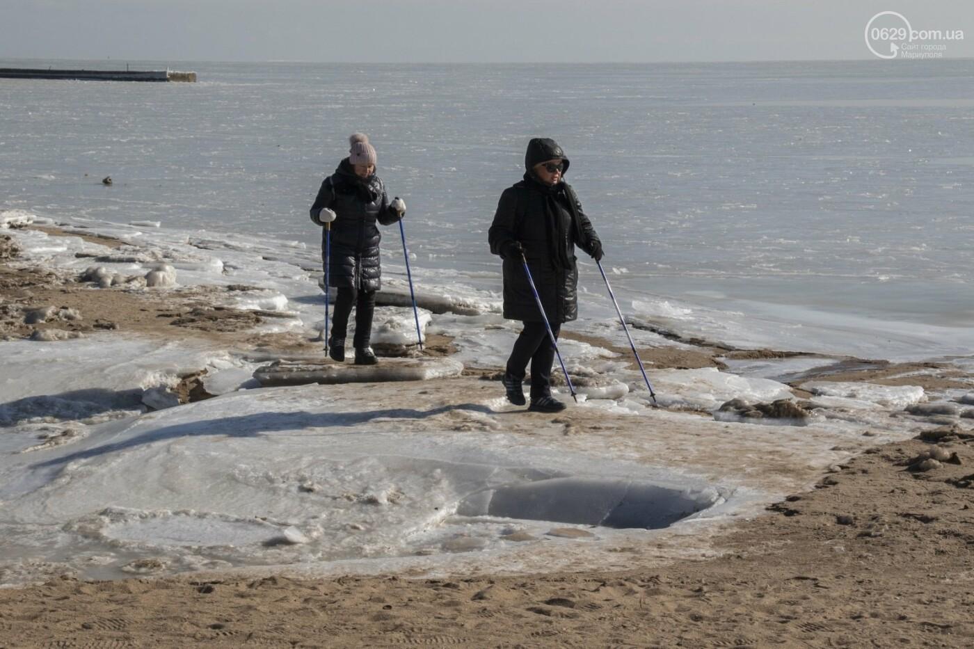 Встать в центр моря и не утонуть. 20 фотографий зимнего Азова в Мариуполе, - ФОТОРЕПОРТАЖ, фото-13