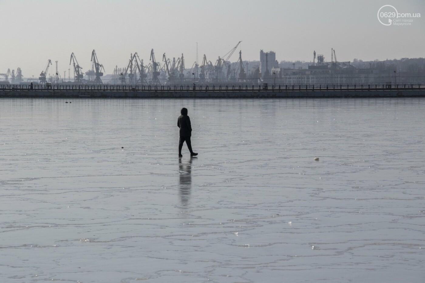 Встать в центр моря и не утонуть. 20 фотографий зимнего Азова в Мариуполе, - ФОТОРЕПОРТАЖ, фото-2