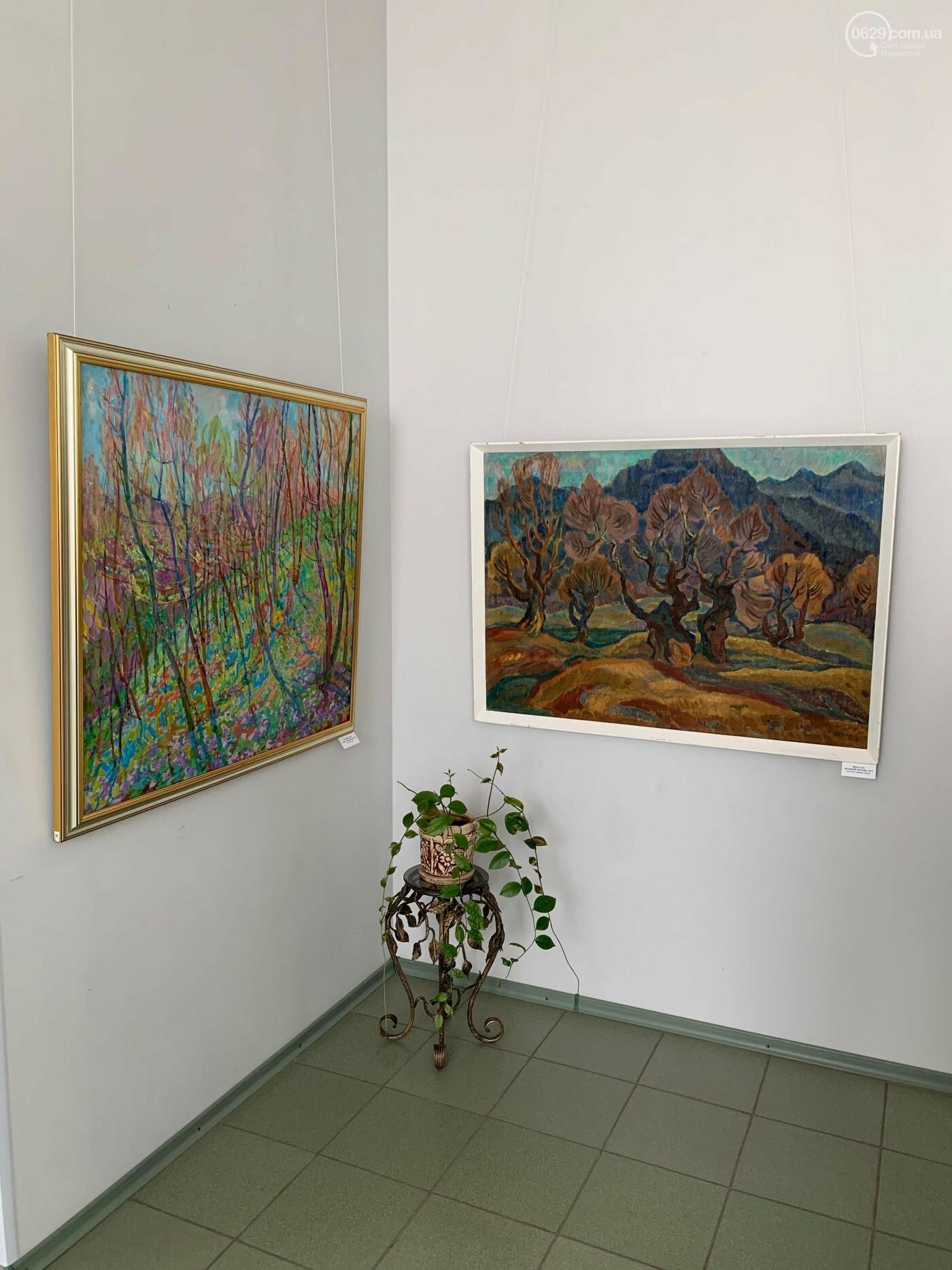 Гості з минулого. В Маріуполі відтворили виставку 1973 року, зібрав 60 шедеврів живопису - ФОТОРЕПОРТАЖ, фото-4