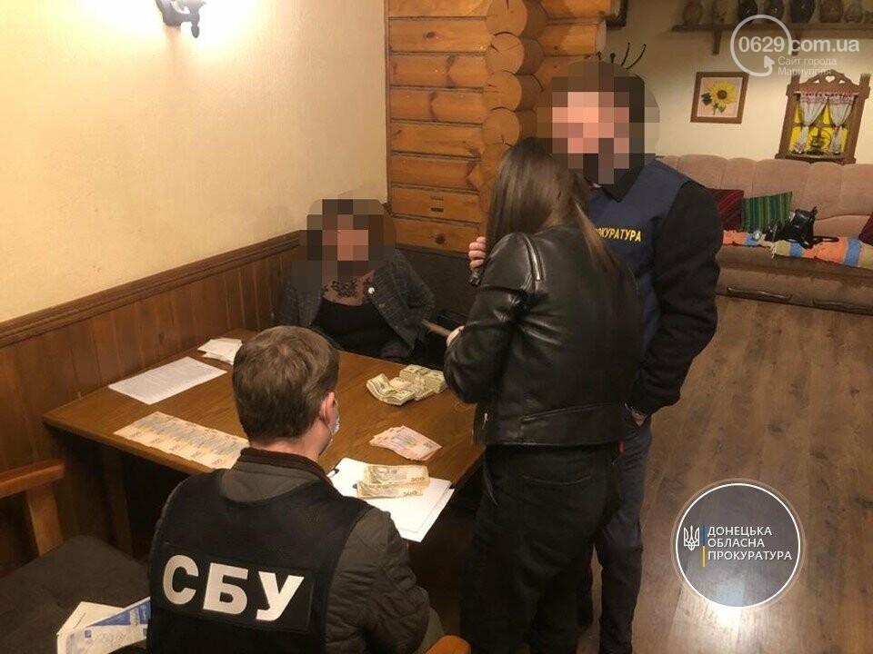 Поймали на крупном.В Мариуполе будут судить двух чиновников, уличенных  в получении взятки  (ФОТО), фото-6