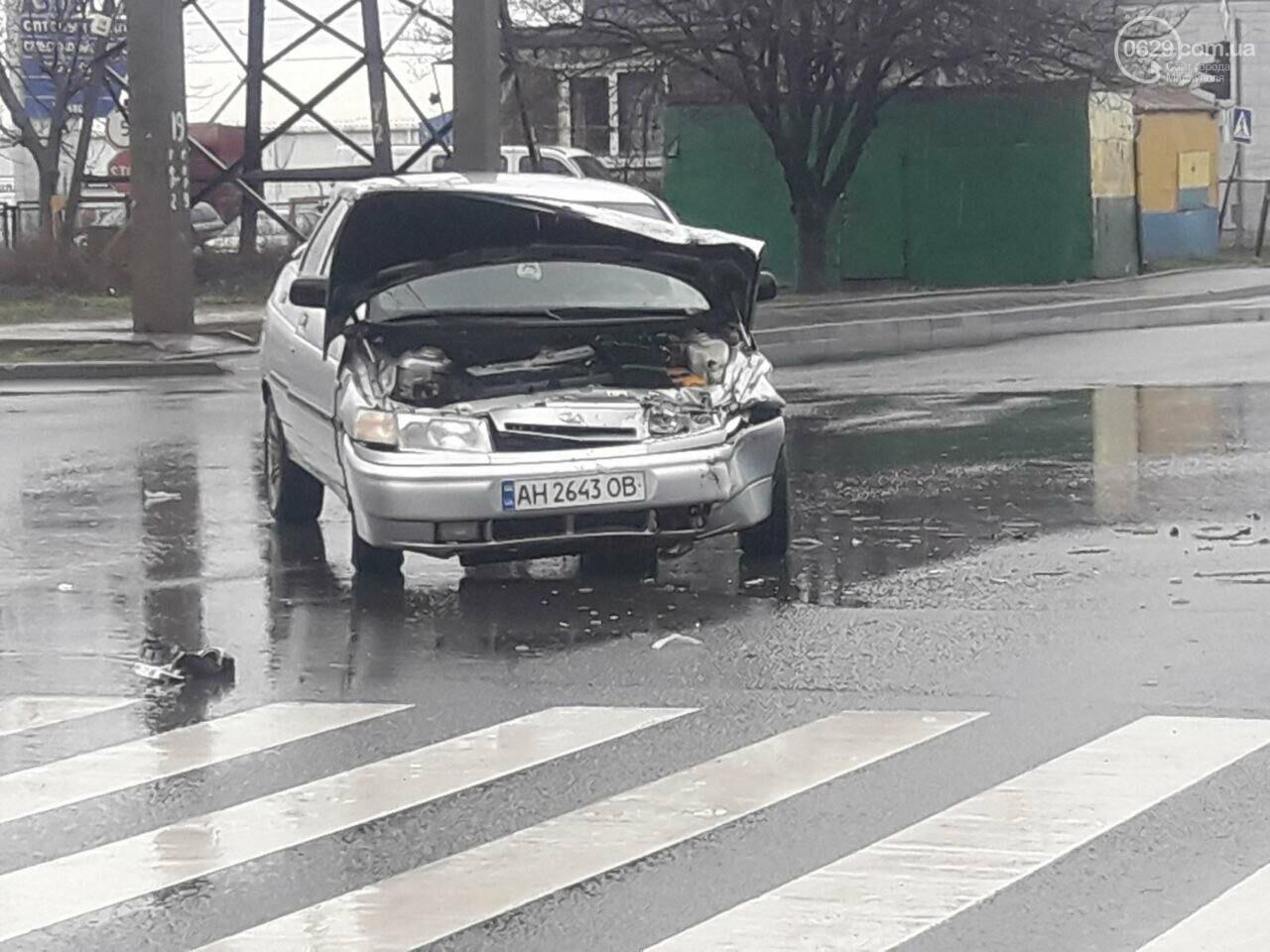 """В Мариуполе под дождем столкнулись """"десятка"""" и """"Джили"""", - ФОТО, фото-4"""