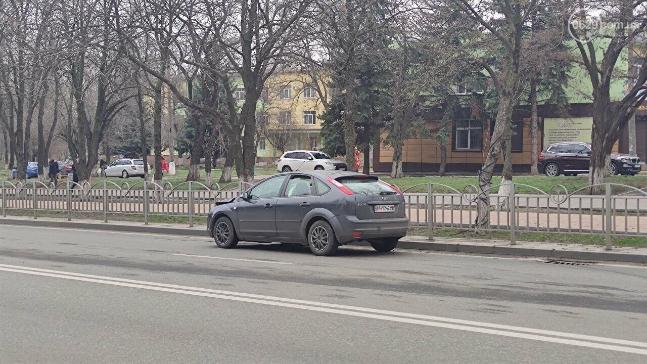 """Роковое место! В Мариуполе на одном из самых аварийных перекрестков столкнулись """"Ланос"""" и """"Форд"""", - ФОТО, фото-5"""