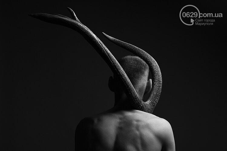 Мужские тела на снимках мариупольского фотографа Романа Сафронова, - ФОТО, фото-10