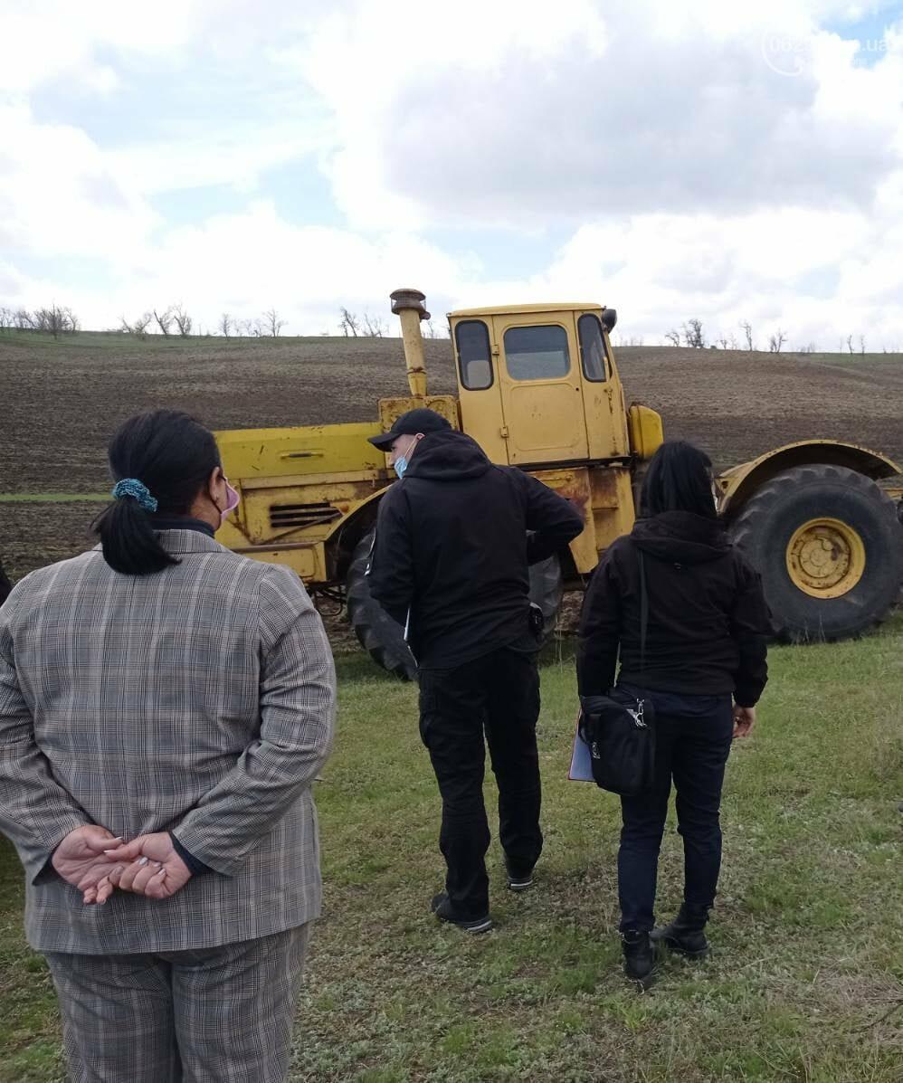 """В Мариуполе  арестовали трактора, которые распахивали земли """"Меотиды"""", - ФОТО, фото-1"""