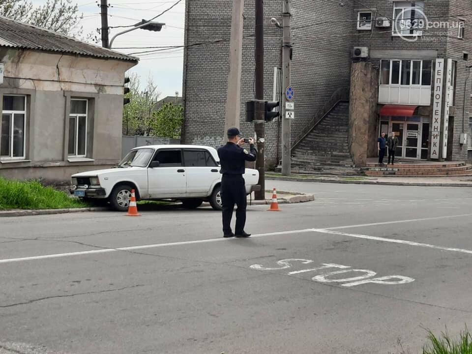 """В центре Мариуполя """"столкнулись"""" полицейская и патрульная машины, - ФОТО, фото-6"""