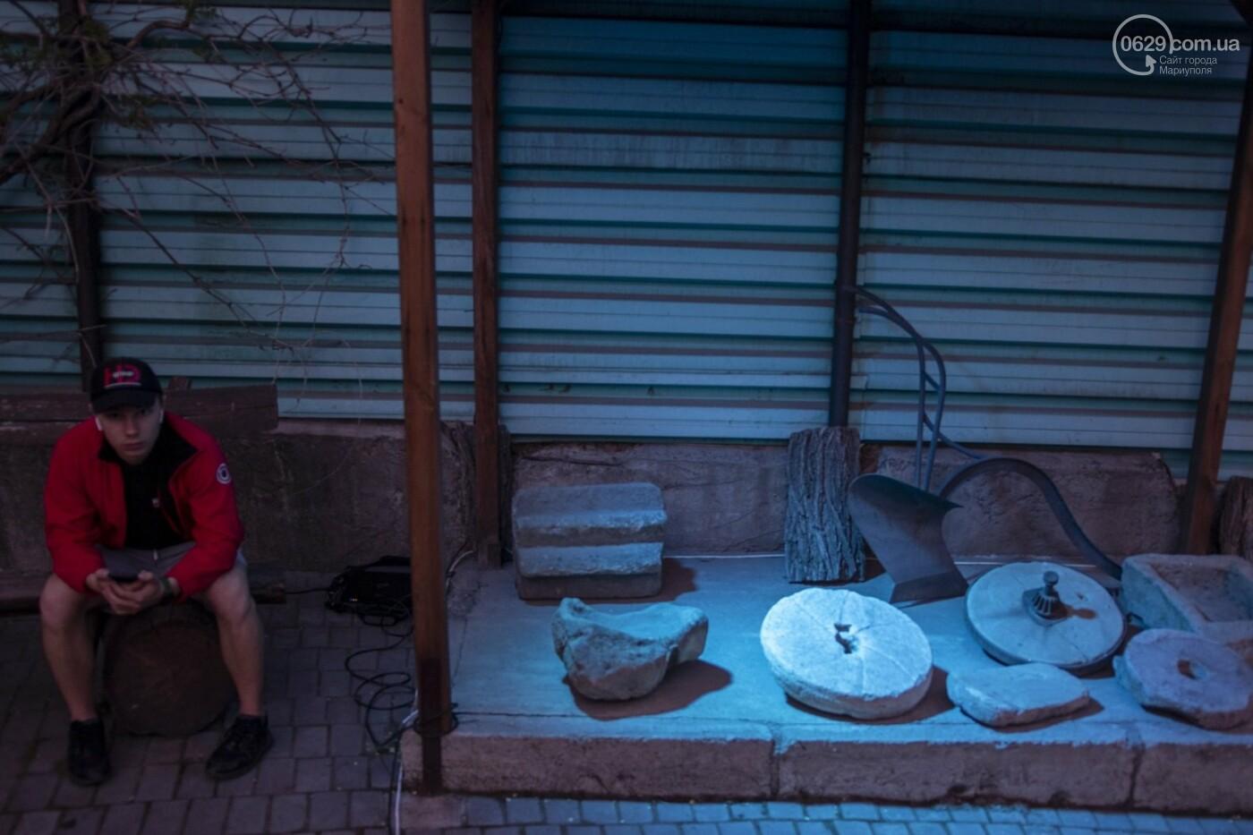 Эффект «вау». 25 ночных фотографий с музейной ночи в Мариуполе, - ФОТОРЕПОРТАЖ, фото-20