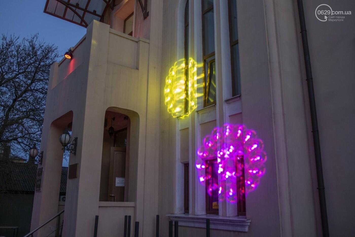Эффект «вау». 25 ночных фотографий с музейной ночи в Мариуполе, - ФОТОРЕПОРТАЖ, фото-23