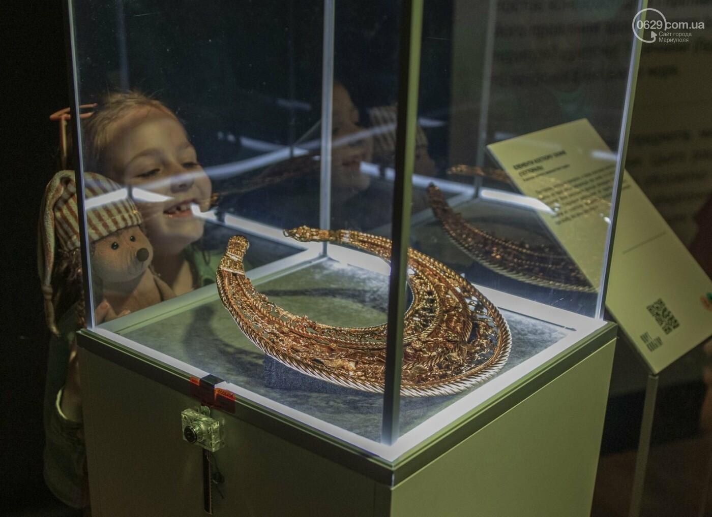 Эффект «вау». 25 ночных фотографий с музейной ночи в Мариуполе, - ФОТОРЕПОРТАЖ, фото-13