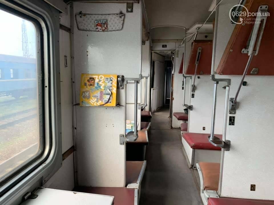 В Мариуполе художники со всей Украины захватили поезд, - ФОТО, ВИДЕО, фото-6