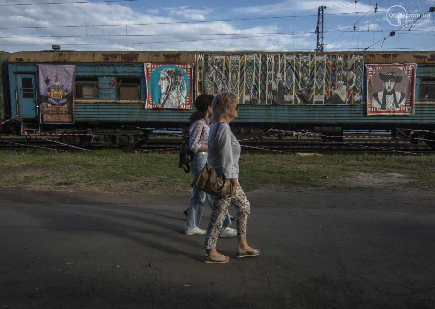 Во что превратили художники старый железнодорожный состав в Мариуполе. 33 фотографии! , фото-4