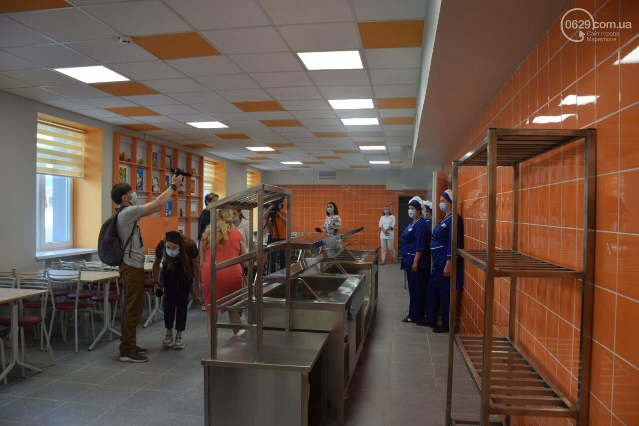2 года в ремонте. В Мариуполе открыли суперсовременную школу, - ФОТОРЕПОРТАЖ, ВИДЕО, фото-29