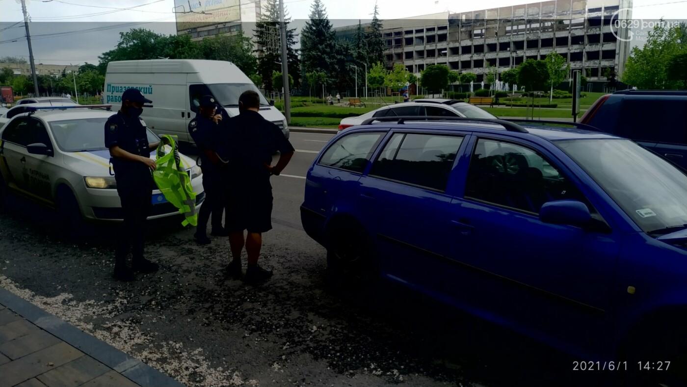 В центре Мариуполя Skoda влетела в ограждение, - ФОТО, фото-3