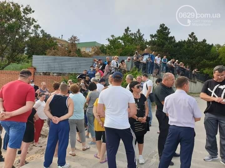 Жители Урзуфа потребовали открыть проход к морю, - ФОТО, фото-9