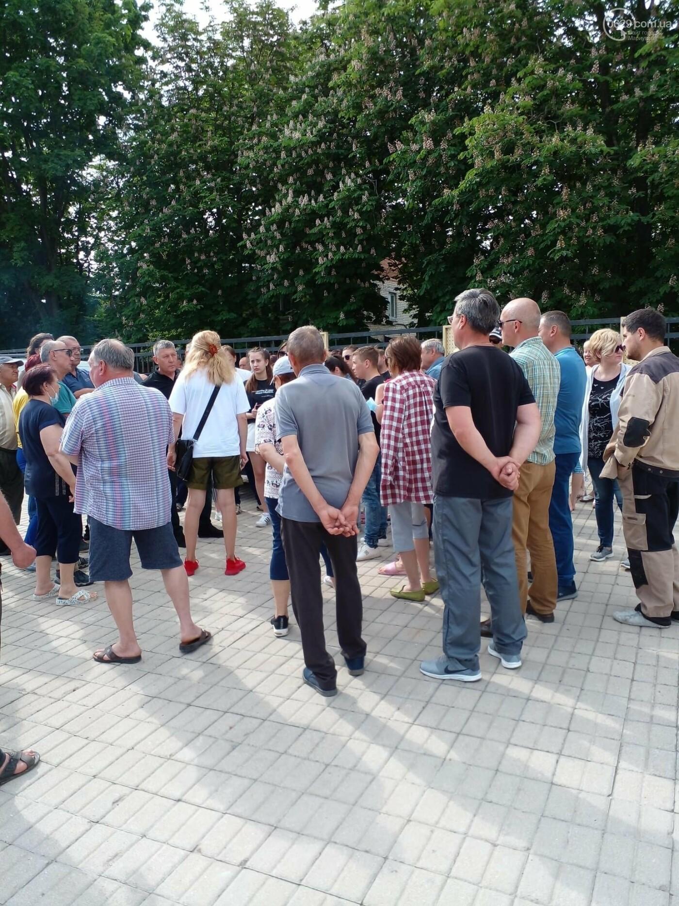 Жители Урзуфа потребовали открыть проход к морю, - ФОТО, фото-3