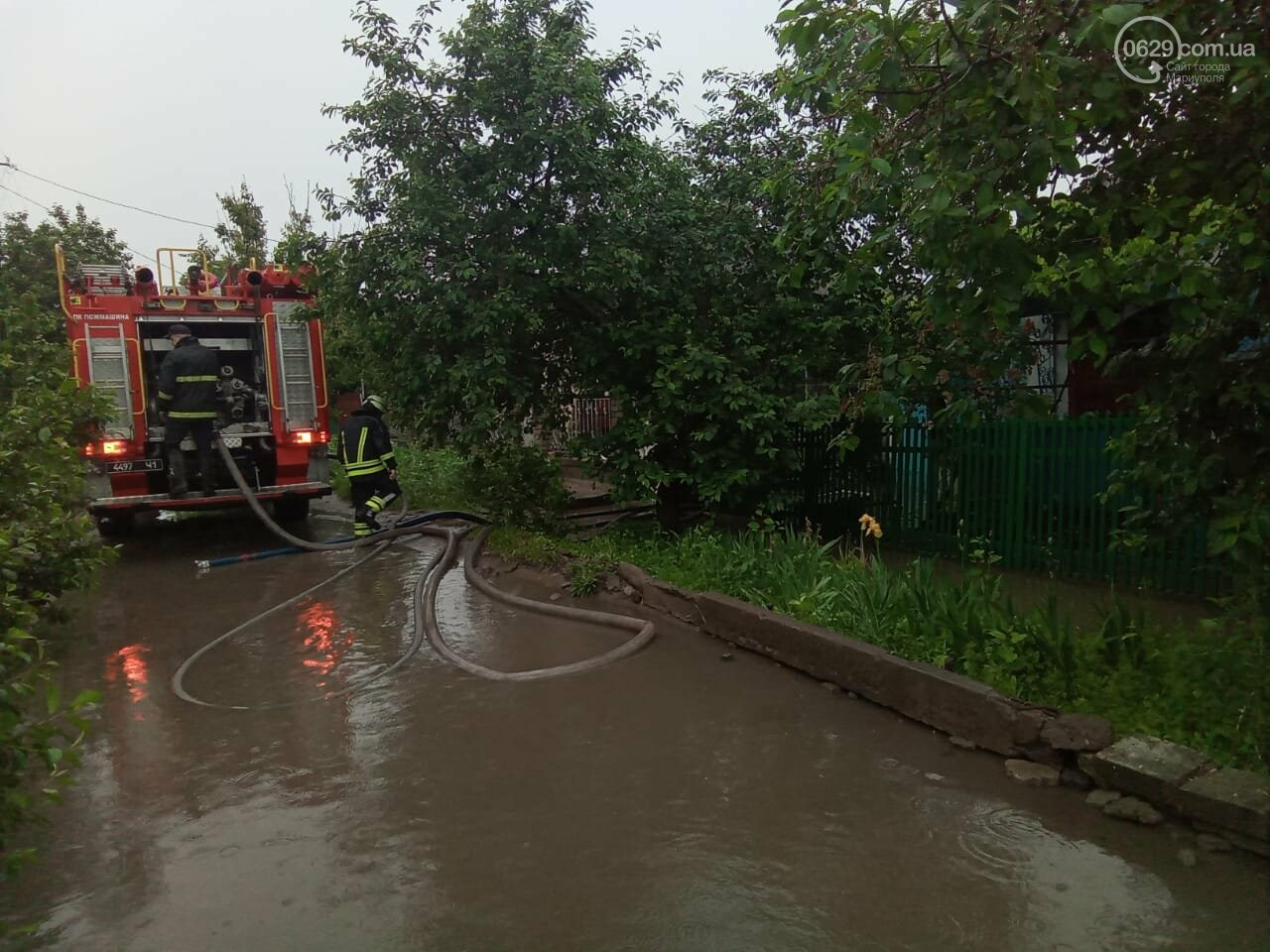 Снова потоп. В Мариуполе тонули машины и вышли из строя подстанции, - ФОТО, ВИДЕО, фото-4