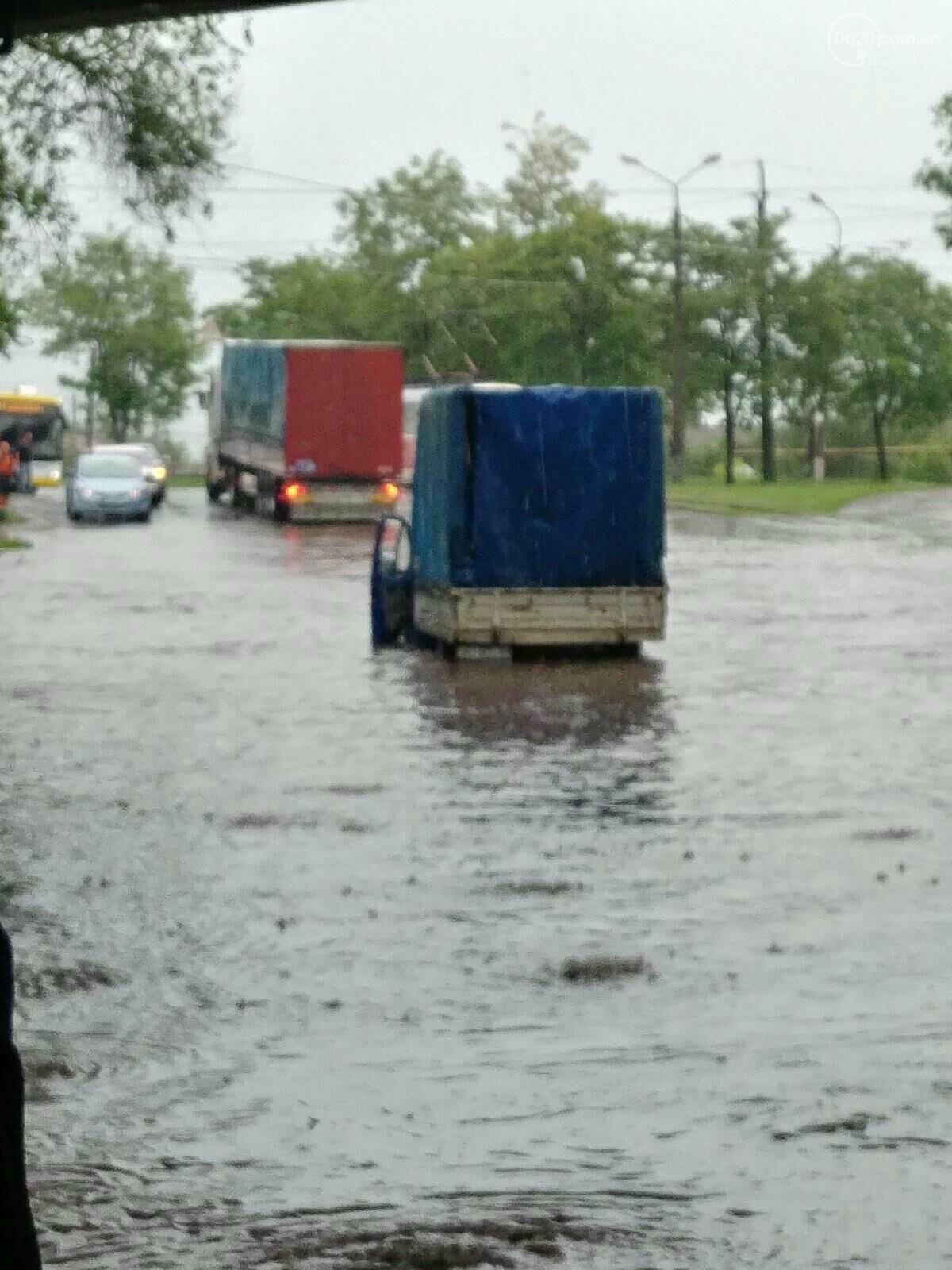 Снова потоп. В Мариуполе тонули машины и вышли из строя подстанции, - ФОТО, ВИДЕО, фото-2