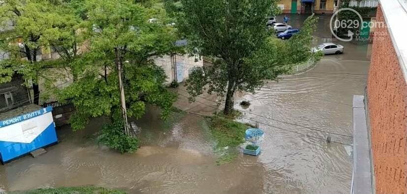 Подтопленные  дворы, 6 тысяч абонентов без света. Как в Мариуполе справляются с непогодой, - ФОТО, ВИДЕО, фото-2