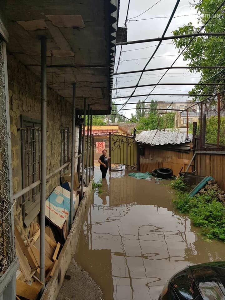 Подтопленные  дворы, 6 тысяч абонентов без света. Как в Мариуполе справляются с непогодой, - ФОТО, ВИДЕО, фото-1