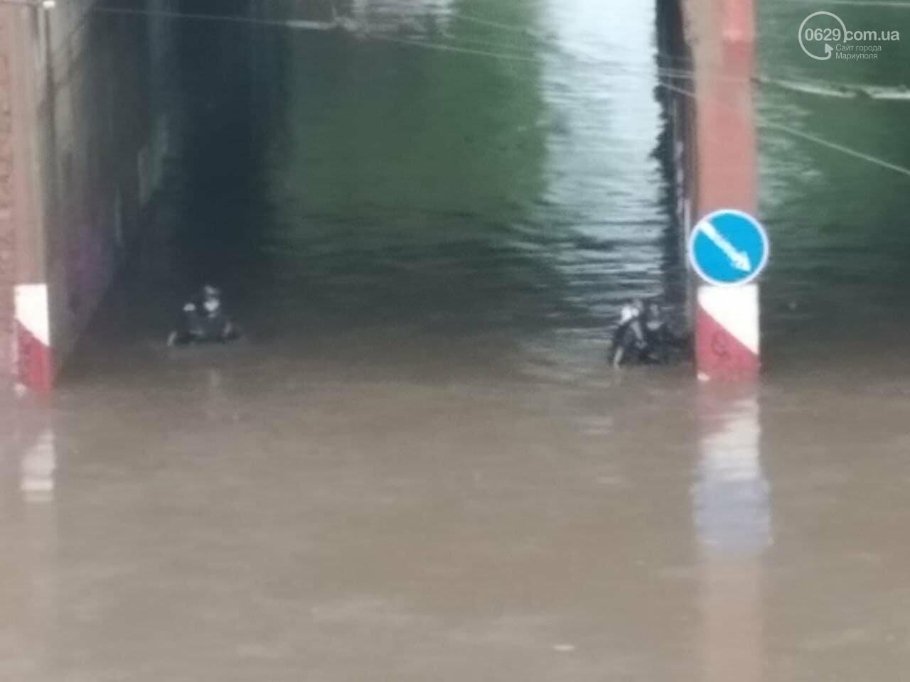 Потоп на улице Громовой. Водолазы опускаются на дно искусственного озера, - ФОТО, ВИДЕО, фото-8