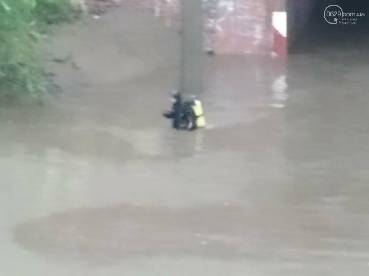Потоп на улице Громовой. Водолазы опускаются на дно искусственного озера, - ФОТО, ВИДЕО, фото-9
