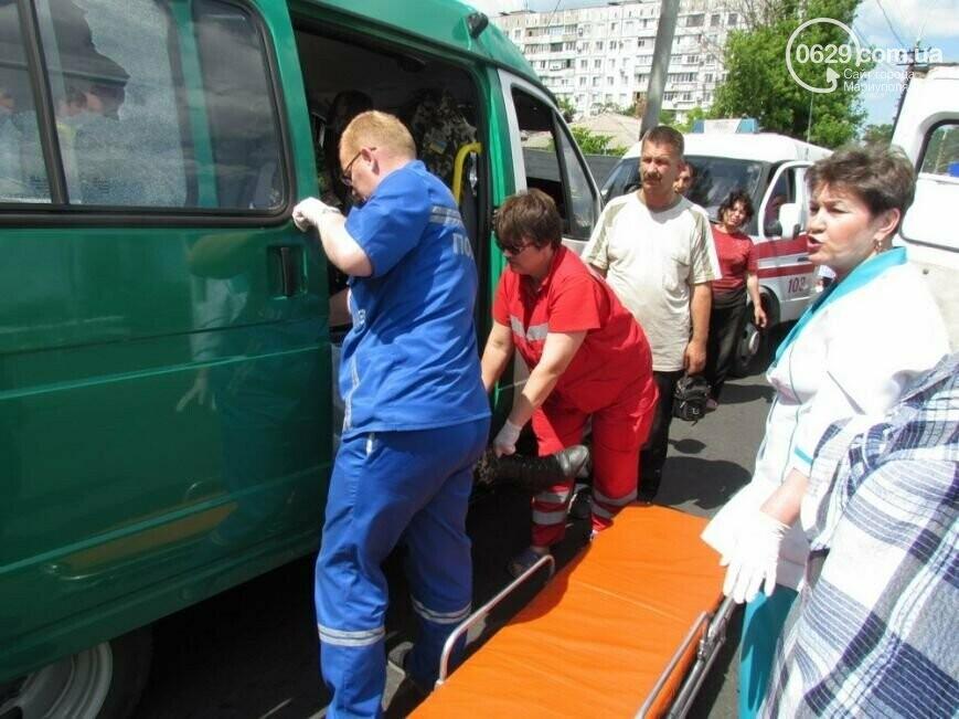 7 лет со дня трагедии: колонну пограничников расстреляли на пост-мосту в Мариуполе, фото-9