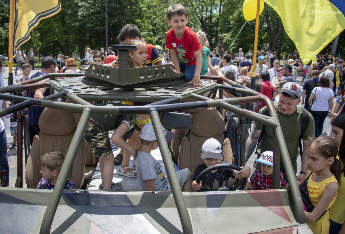 Без мэра. Как прошла в Мариуполе 7-я годовщина освобождения города от террористов и сепаратистов, - ФОТОРЕПОРТАЖ, фото-13