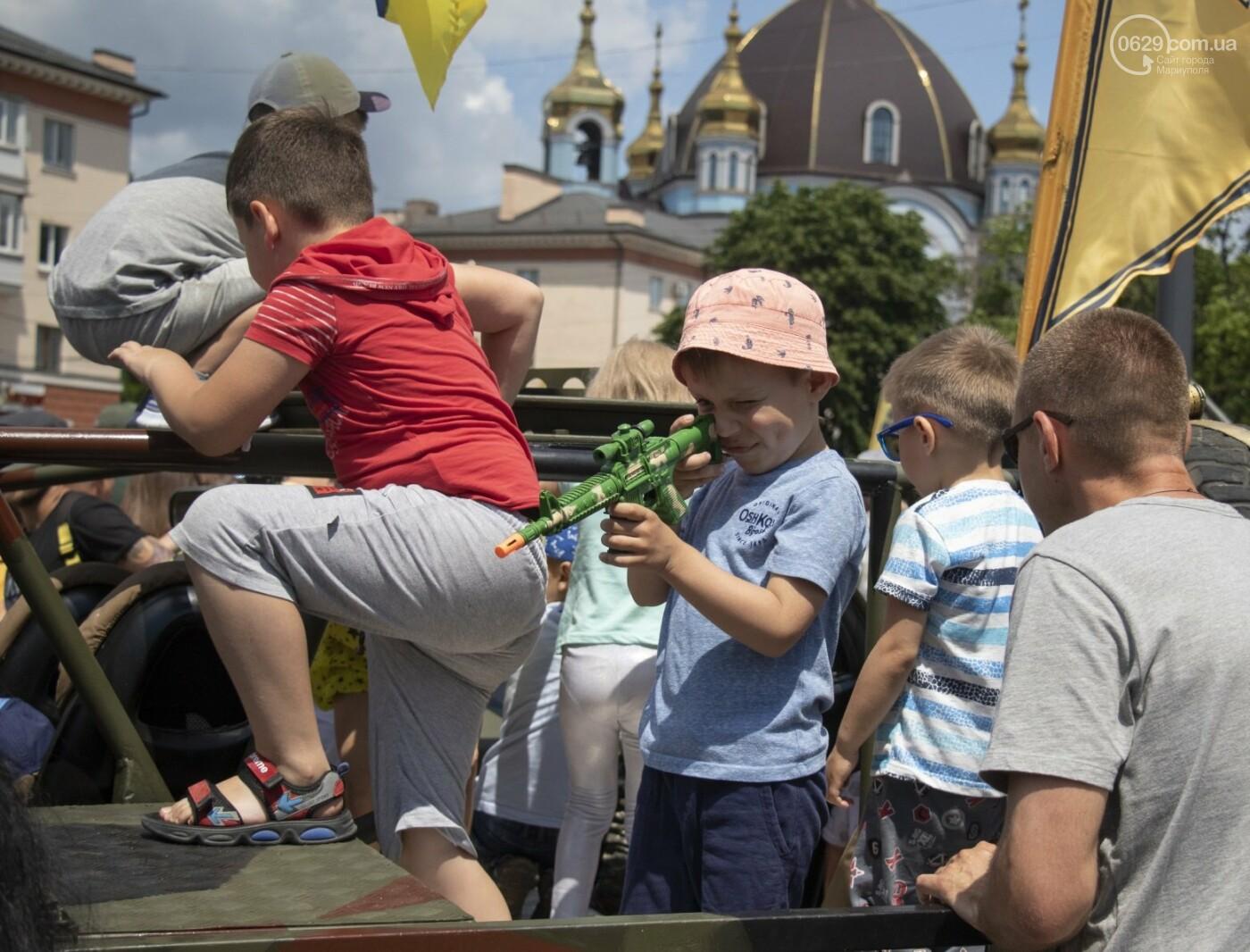 Без мэра. Как прошла в Мариуполе 7-я годовщина освобождения города от террористов и сепаратистов, - ФОТОРЕПОРТАЖ, фото-36