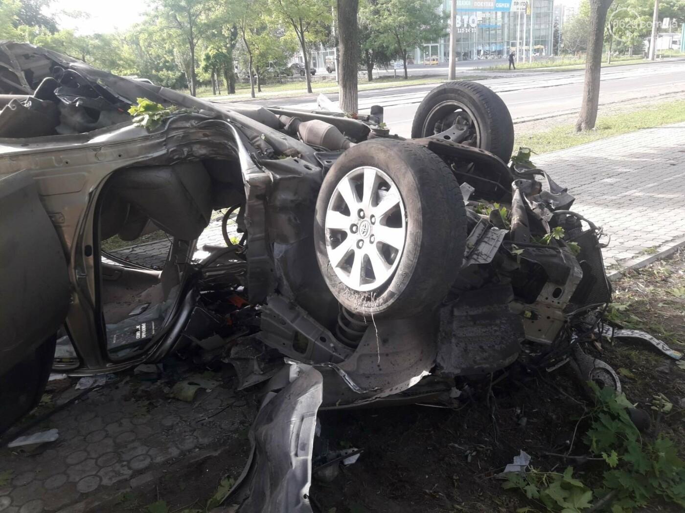 В Мариуполе в районе 7-го проезда перевернулся автомобиль , фото-5