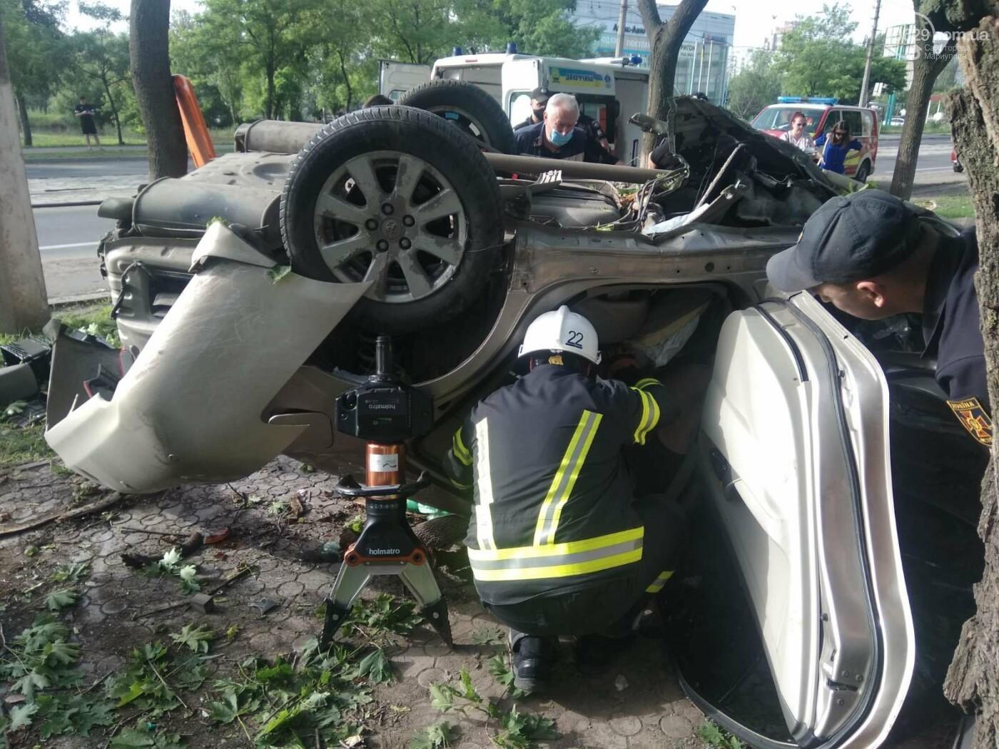 В Мариуполе в районе 7-го проезда перевернулся автомобиль , фото-4