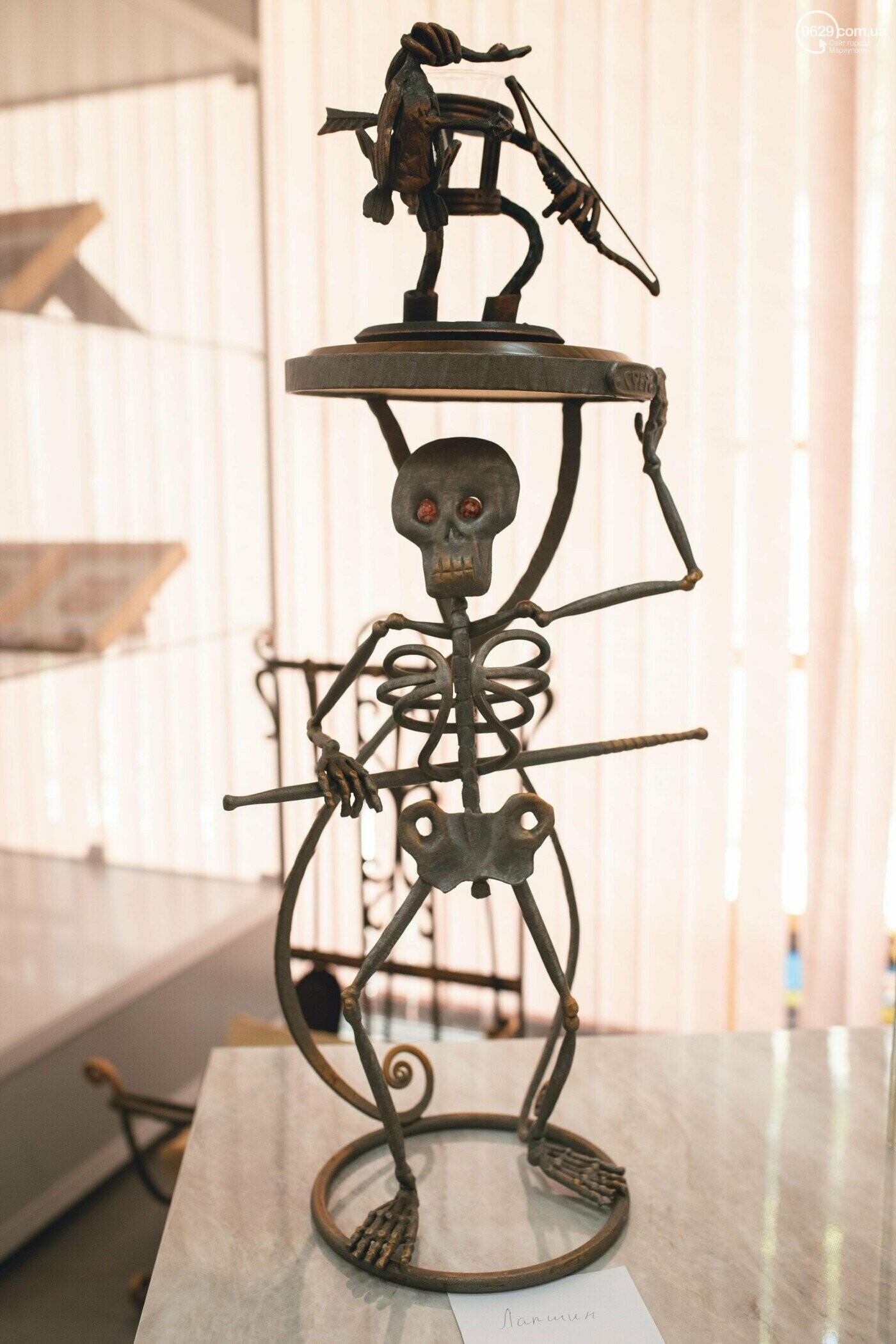 Ковані черепи, пірати та пальми. У Маріуполі відкрилася нова виставка, - ФОТО , фото-11