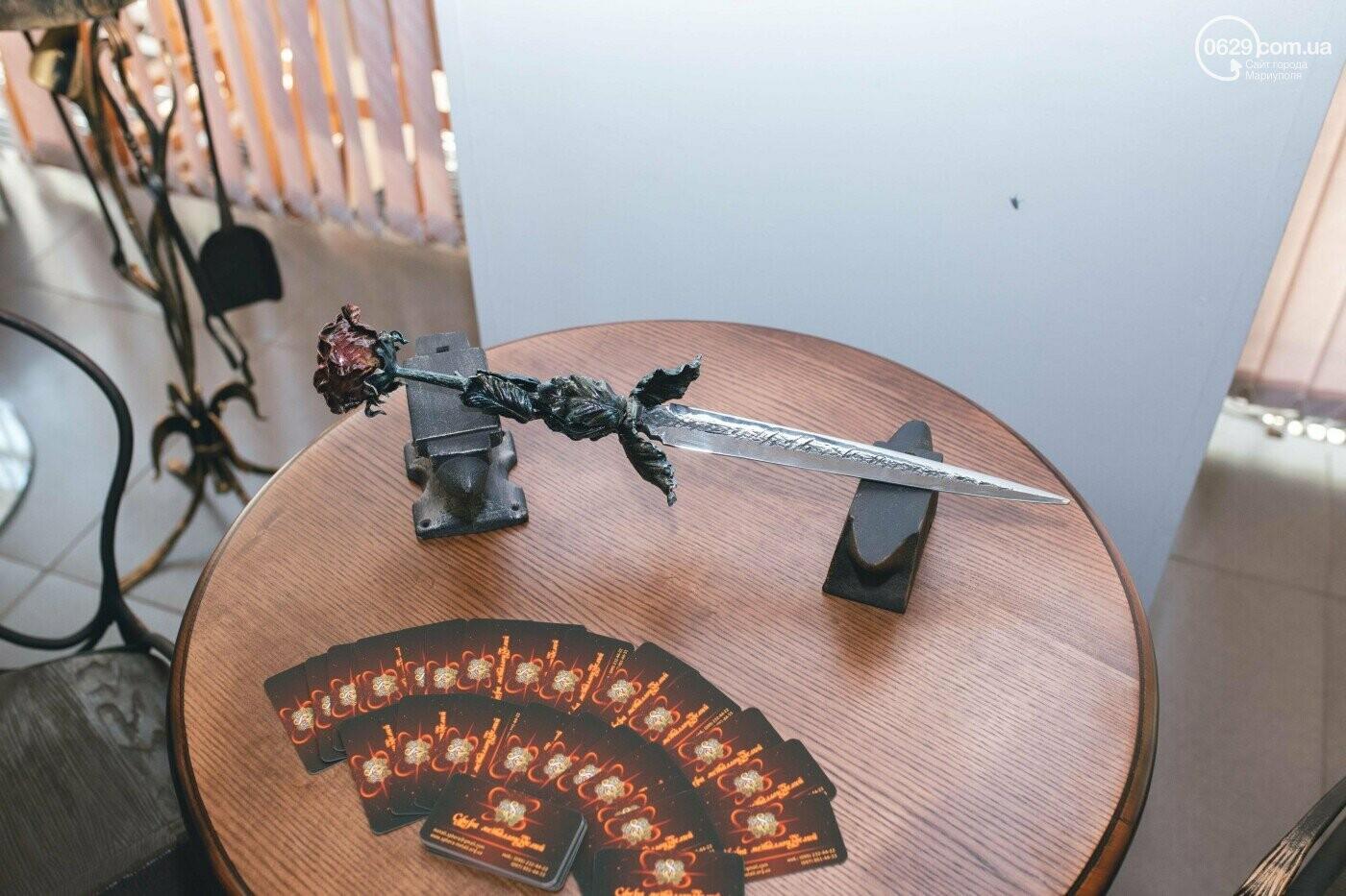 Ковані черепи, пірати та пальми. У Маріуполі відкрилася нова виставка, - ФОТО , фото-13