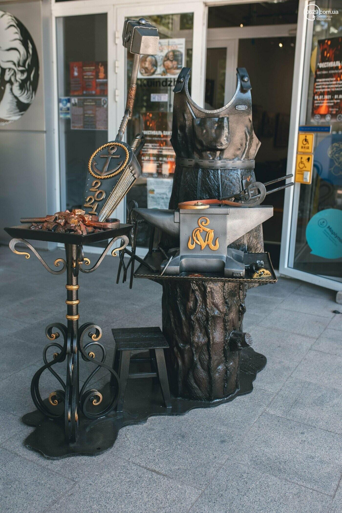 Ковані черепи, пірати та пальми. У Маріуполі відкрилася нова виставка, - ФОТО , фото-2