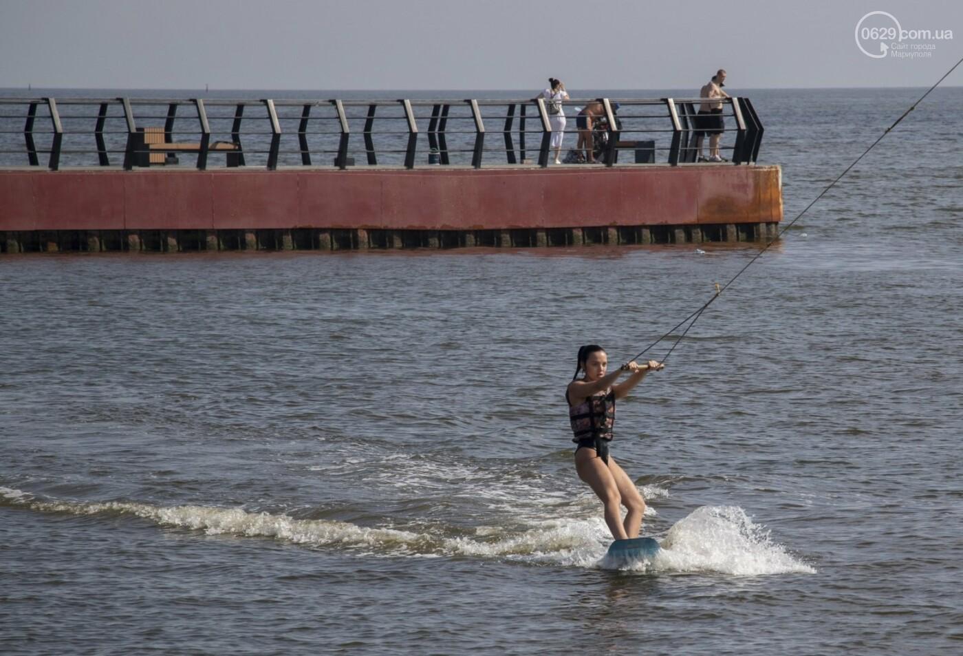 Море «закипело» от отдыхающих. Что творилось в Мариуполе на городских пляжах в выходные дни, - ФОТОРЕПОРТАЖ, фото-5