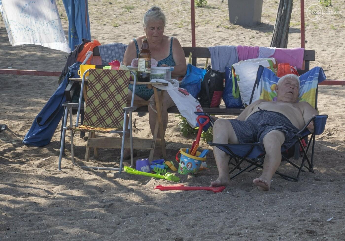 Море «закипело» от отдыхающих. Что творилось в Мариуполе на городских пляжах в выходные дни, - ФОТОРЕПОРТАЖ, фото-31