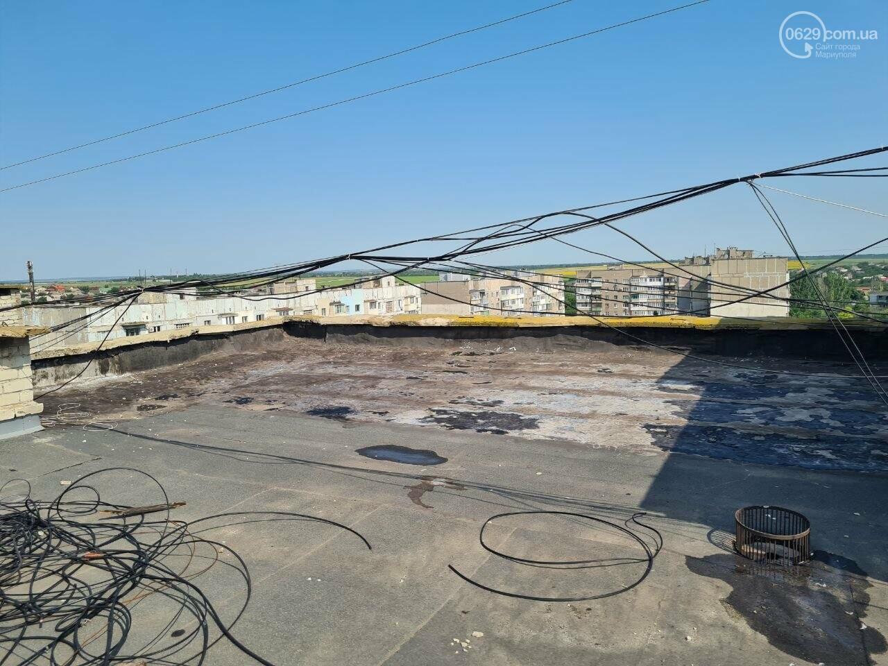 Эхо непогоды! В Мариуполе внепланово ремонтируют пострадавшую от ливня многоэтажку, - ФОТО, фото-21