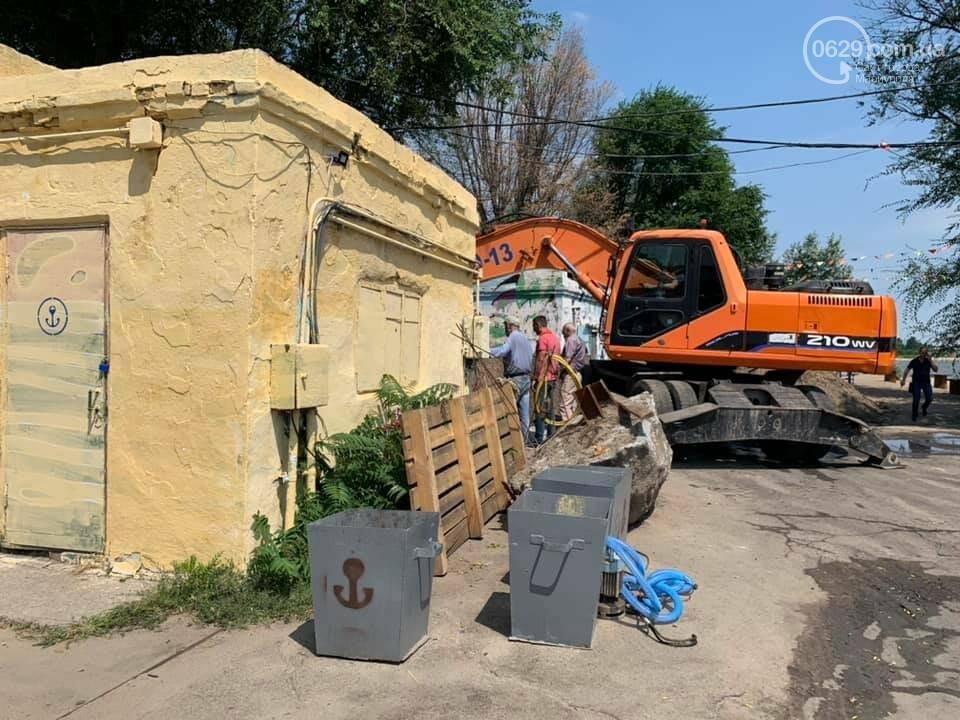 Мариупольский пирс остался без туалетов, - ФОТО, фото-1